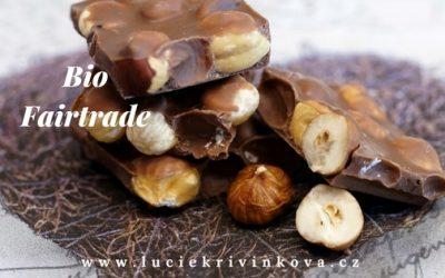 Máte rádi čokoládu, a chcete se vyhnout zbytečné chemii? Tady jsou 3 důvody, proč kupovat bio a fairtrade čokolády.