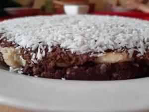Kokosový raw dort